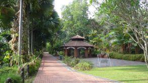 Rotundas scattered around the Parklands